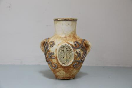 small oil vase 16x9x9cm
